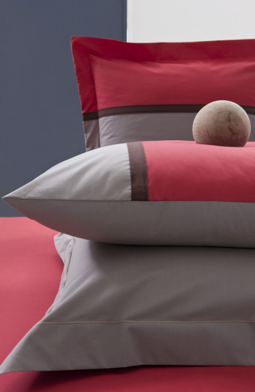 Double Duvet Cover - Moi et Toi Taupe/Red-0